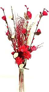Arrangement exotique de fleurs artificielles bio faites main et d'herbes indiennes séchées Couleur rouge et crème. Hauteur: environ 90 cm.