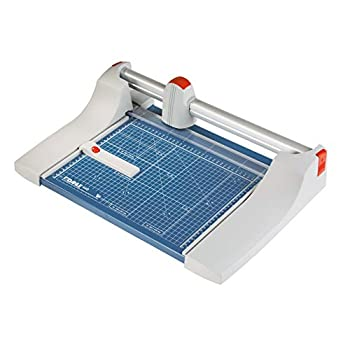Dahle 440 paper cutter (up to DIN A4, 35 sheets cutting capacity) 360 mm, blue