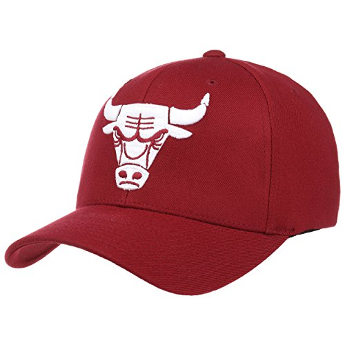 Mitchell & Ness 110 Burgundy Bulls Cap Base