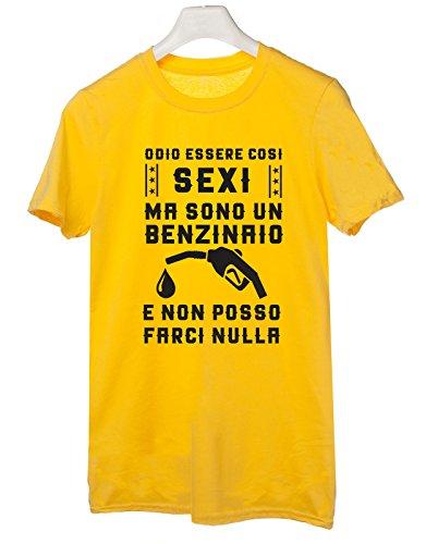 Tshirt mestieri-Odio essere così sexi ma sono un benzinaio e non posso farci nulla - Tutte le taglie by tshirteria Giallo