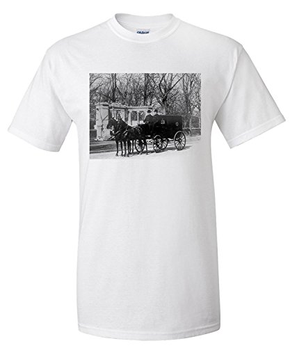 pabst-brewing-company-delivery-wagon-nyc-photo-premium-t-shirt