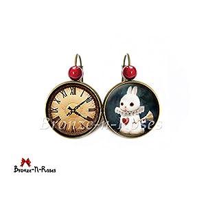 Weiße Alice Rabbit Ohrringe im Wunderland Red Heart Cabochon