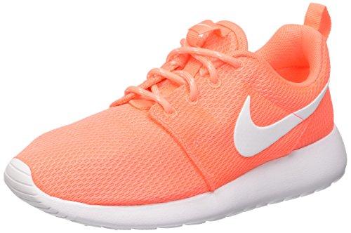 Nike Wmns Roshe One, tour de formation femme Multicolore (Bright Mango/Blanc)