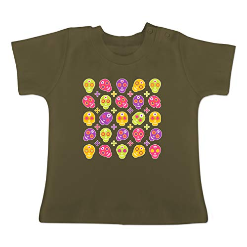 Up to Date Baby - Candy Skull - 18-24 Monate - Olivgrün - BZ02 - Baby T-Shirt Kurzarm