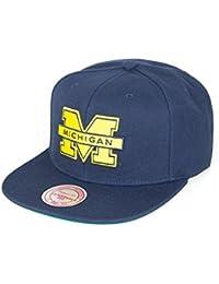 Mitchell   Ness Michigan Wolverines NCAA – Snapback cap – College Football  – Berretto da Uomo f477ec6aaa6b
