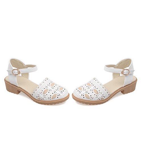 AllhqFashion Damen Weiches Material Schließen Zehe Rein Niedriger Absatz Sandalen Weiß