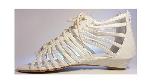 Sandales, très chique, noir, beige, brun, blanc, rose, léopard, pink, chaussures femme, modèle 11064105008251, modèles et tailles différents. Blanc aves des lacets.