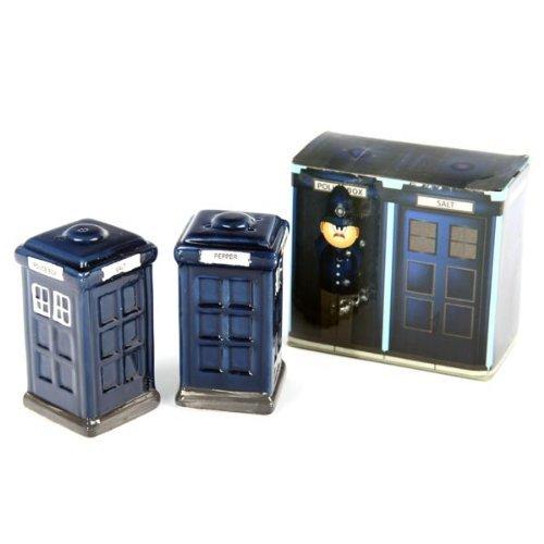 ceramic-london-salt-and-pepper-set-police-box