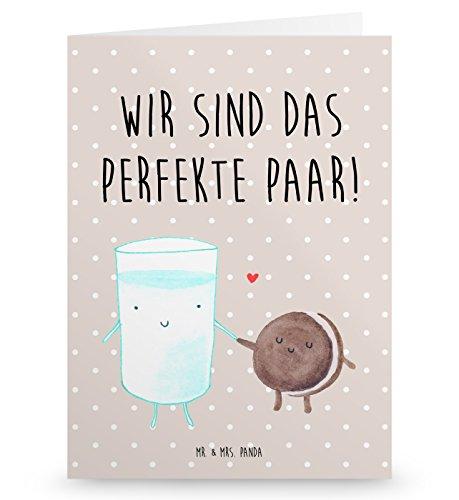 Mr. & Mrs. Panda Grußkarte Milch & Keks - Milk, Cookie, Milch, Keks, Kekse, Kaffee, Einladung Frühstück, Motiv süß, romantisch, perfektes Paar, Grusskarte, Klappkarte, Einladungskarte, Glückwunschkarte, Hochzeitskarte, Geburtstagskarte