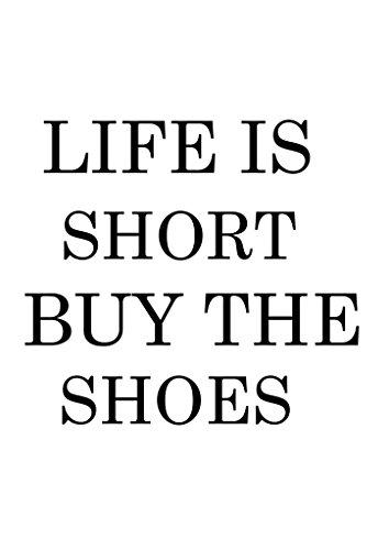 """La tipografía del texto """"la vida es corta comprar los zapatos"""". Póster de motivación, papel, A5"""