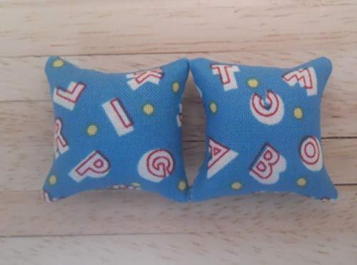 12-zoll-kissen (Kissen im Puppenhaus im Maßstab 1:12 in Blau: Alphabet Design)
