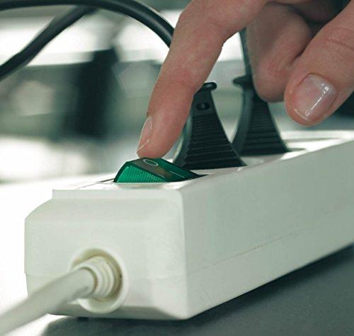Brennenstuhl Eco-Line 3-fach Steckdosenleiste (Steckerleiste mit Kindersicherung, Schalter und 5 m Kabel) weiß