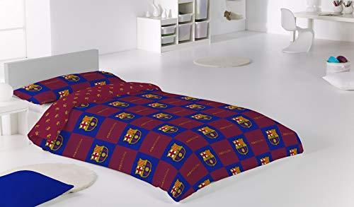 Funda nórdica de dos piezas del Fútbol Club Barcelona. Reversible, dos modelos en uno. 50% algodón. Incluye un saco de 150x200 cm y una funda de almohada de 45x110 cm. Modelo: BARCELONA