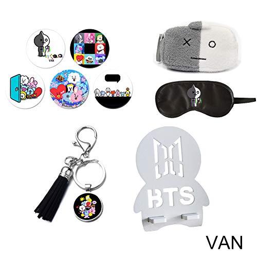 YEeyuTrwd BTS Cartoon Image Zubehör, BTS Bag + Quaste Schlüsselanhänger + Abzeichen Brosche + Masken für die Augen + Faltbarer Telefonhalter(VAN)