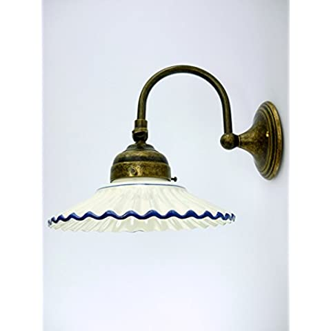 appliques de pared latón, acabado pulido Lámpara de pared liberty baño cerámica, azul a27.dimensioni: 18 cm, cristal, 19 cm, superficie max 24 cm, diámetro de la base: 9 cm .Le medidas incluyen vetro.Portalampade del casquillo Edison E14 (casquillo pequeño).