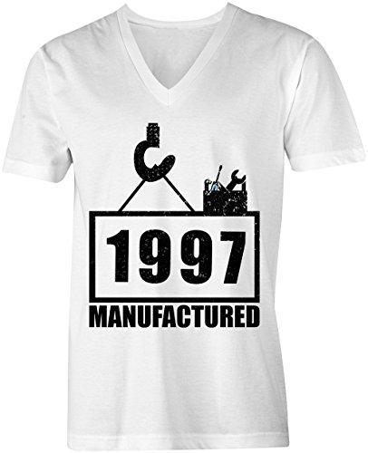 Manufactured 1997 - V-Neck T-Shirt Männer-Herren - hochwertig bedruckt mit lustigem Spruch - Die perfekte Geschenk-Idee (02) weiss