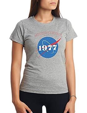 CHILLTEE NASA Mission Control Since 1977 Gift Birthday Camiseta Para Mujer