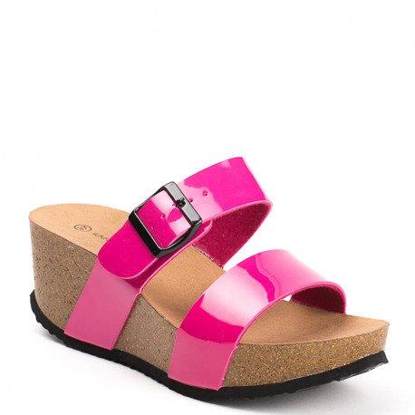Ideal Shoes - Nu-pieds compensés et vernis Tela Fuchsia