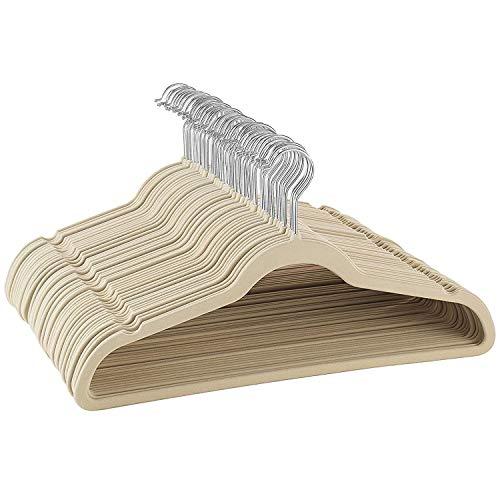 ZOBER - Perchas de terciopelo de calidad premium, fuertes y duraderas con carga de hasta 4,53 kg, gancho giratorio 360grados de cromo, ultra delgada, antideslizante, color marfil (50unidades)