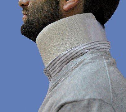 Collarín cervical blando talla m 43 a 47 cm