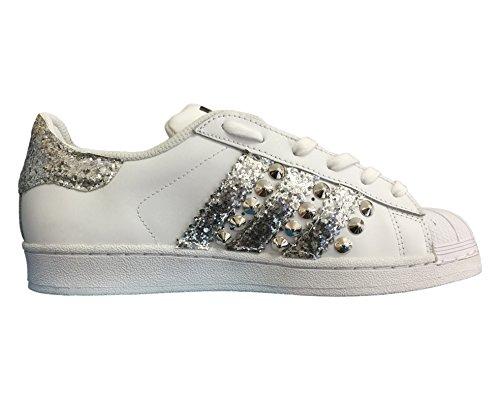 Superstar bianche con glitter argento e borchie cono basso argento Bianco
