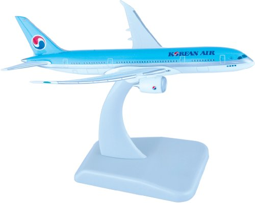 boeing-787-8-korean-air-inflight-without-gear-with-stand-massstab-1500
