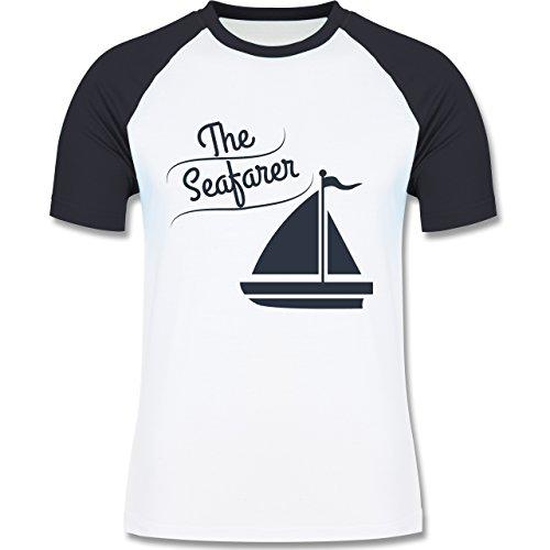 Schiffe - The Seafarer Segelboot - zweifarbiges Baseballshirt für Männer Weiß/Navy Blau