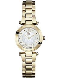 Guess Collection Lady Chic Femme Bracelet   Boitier Acier Inoxydable Plaqué  Or Quartz Montre Y07008L1 7b9a9e114ac