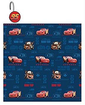 Das 13-teilige Disney Pixar Cars Clubhouse Vorhang für die Dusche und Haken Set