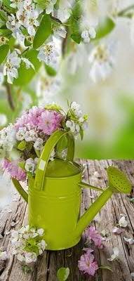 Klocke Textilbanner Banner - Thema: Frühling/Sommer - Gießkanne & Blumen - 180cmx90cm - zum Hängen & Dekorieren