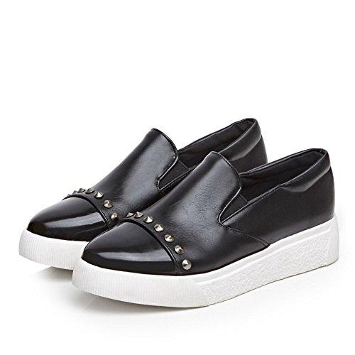 AllhqFashion Damen Gemischte Farbe Pu Niedriger Absatz Ziehen Auf Pumps Schuhe Schwarz