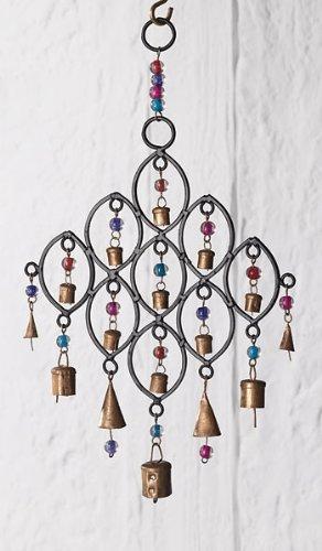 India Windspiel, recyceltes Eisen, Glocken und Glasperlen