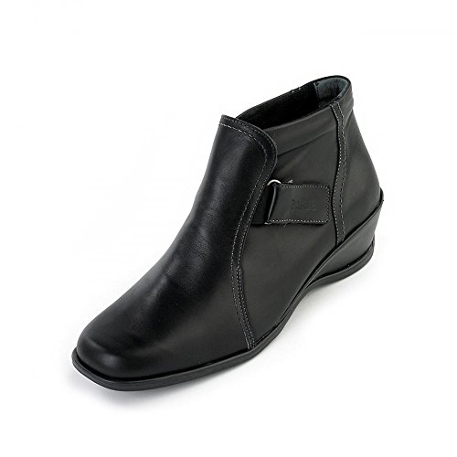 suave-sasha-black-ankle-boot-casual-comfort-wide-fit-7