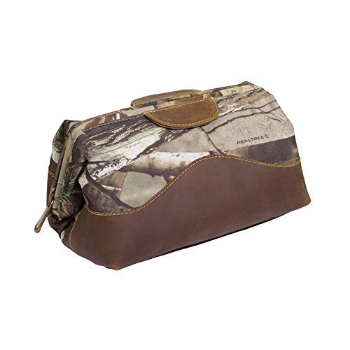 realtree-toiletry-bag-by-canyon-outback-leather