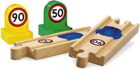 Brio - 33768 - Circuit de train en bois - Rails de vitesse smart track