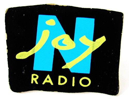 N Joy Radio - Pin 25 x 17 mm