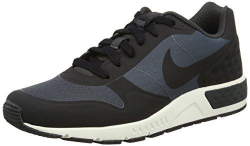Nike Nightgazer LW, Baskets Homme
