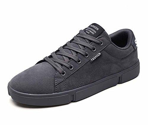 Hommes Décontractée Planche À Roulette Chaussures 2018 Printemps Nouveau Bas Haut Mode Appartement Chaussures Poids Léger Baskets