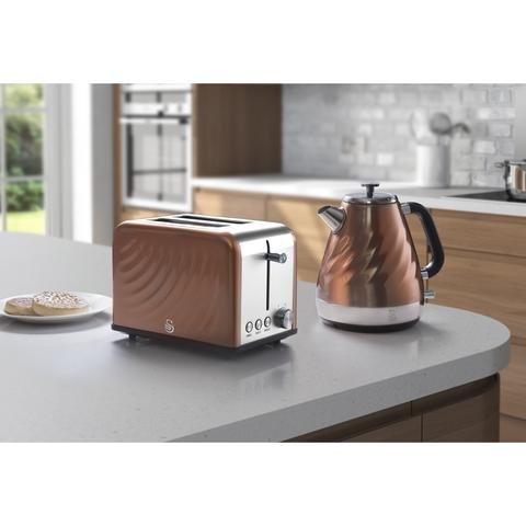 Swan Kitchen Appliance Copper Townhouse Set – 1.6L Swirl / Twist Kettle and 2 Slice Swirl / Twist Toaster