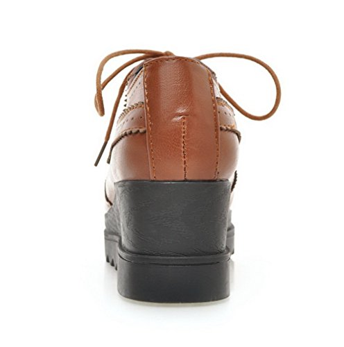 AllhqFashion Femme Pu Cuir à Talon Correct Carré Couleur Unie Lacet Chaussures Légeres Brun