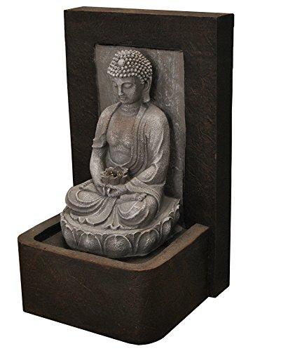 Fuente de agua de Buda
