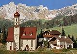 Vollmer 42080 Alpenländisches Set besteht aus Kirche und 2 Häusern