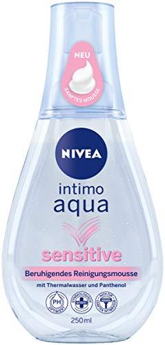 NIVEA Intimo Aqua Sensitive beruhigendes Reinigungsmousse im 3er Pack (3 x 250 ml), schäumende Waschlotion zur Intimpflege, milder Reinigungsschaum mit Thermalwasser und Panthenol