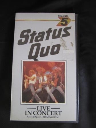 status-quo-live-in-concert-at-the-nec-birmingham-20th-anniversary-concert-1982