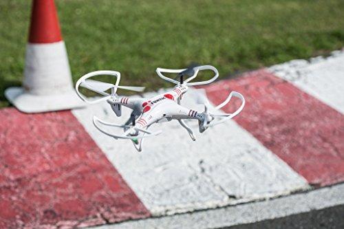 Revell Control RC Quadrocopter für Einsteiger, ferngesteuert mit 2,4 GHz Fernsteuerung, robust, Wechsel-Akku, Headless, Flip-Funktion, Geschwindigkeitsstufen, LED-Beleuchtung, Propellerschutz - 23937 - 8