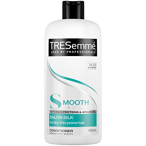 TRESemmé Smooth Salon Silk Conditioner 900ml
