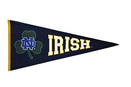 Winning Streak NCAA Notre Dame Irish Clover Medium Pennant