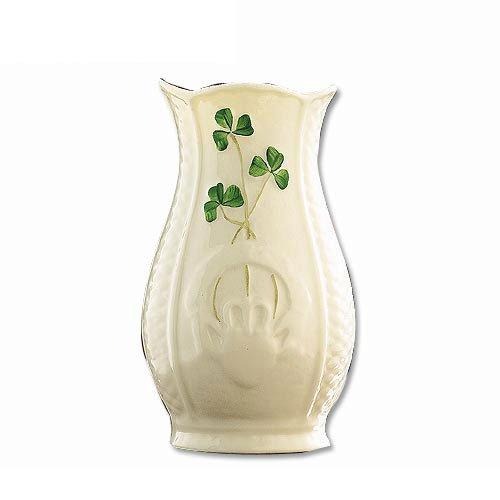 Belleek Irish Pottery Vase mit Handgemalte Shamrocks Irish Pottery