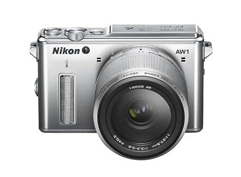 Nikon 1 AW1 Systemkamera (14,2 Megapixel, 7,6 cm (3 Zoll) TFT-Display, Full HD, HDMI, wasserdicht) Kit inkl. 11-27,5mm Objektiv silber