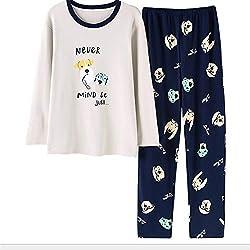 Pijama con perros y letras.